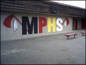 Marysville-Pilchuck_High_School,_Art_Mural_in_Forum,_October_2009